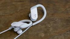 Review Powerbeats 2020